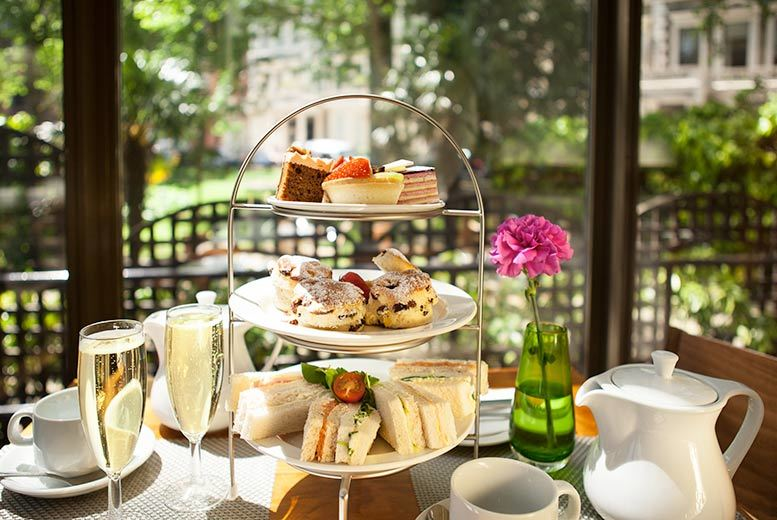 £19 instead of £49 for afternoon tea for two, or £24 to include a glass of Fantinel Prosecco each at Holiday Inn Kensington - save up to 61%