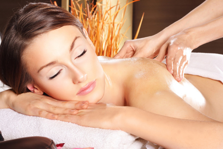 £12 instead of £29 for a 75-min pamper package including a massage and mini facial at The Spa, Oldham - save 59%