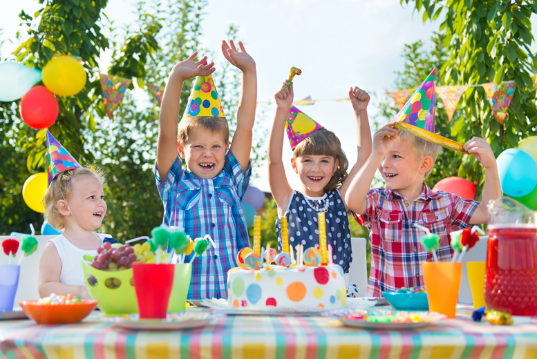 £74 instead of £150 for a kids' summer party package for up to 15 inc. bouncy castle, mascot hire, candy floss machine, party bags, food & more from Party Tyme - save 51%