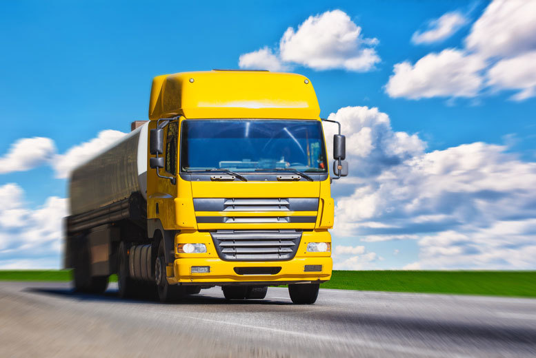 DDDeals - £49 for a 45-minute lorry driving experience with Supercar Test Drives - choose from three locations!