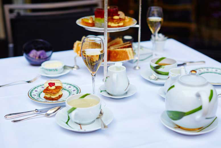 DDDeals - £22 for an afternoon tea for two people, or £43 for four people at The Vaults Restaurant and Bar, Birmingham