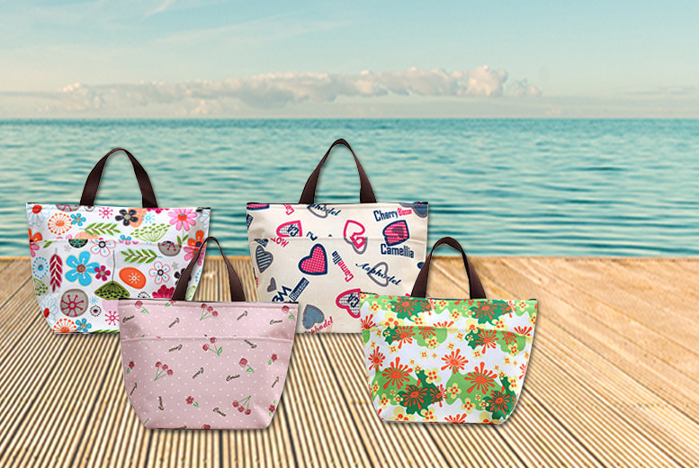 £4.99 instead of £19.99 (from Fizzy Peach) for a stylish lunch cooler bag, or £8 for two - choose from four designs and save up to 75%
