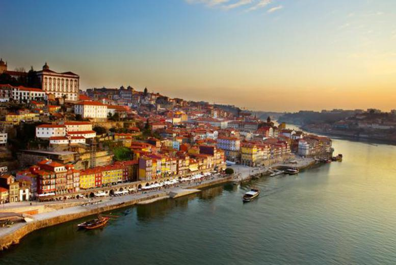 From £134pp instead of up to £206.66pp (from iFly) for 2nts at 4* Vila Gale in Porto, Portugal inc. flights, from £174pp for 3nts – save up to 35%