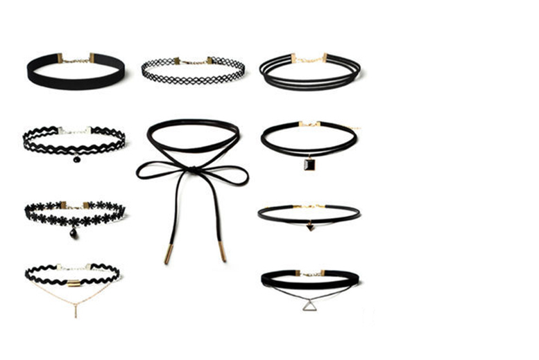 £4.99 instead of £47 (from London ExchainStore) for a 10-piece choker set - save 89%