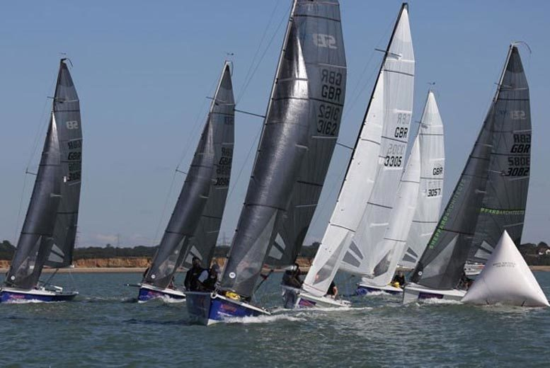 £75 for a one-hour 45-minute Keelboat sailing adventure from Buyagift - get out on the Hampshire waters for a truly memorable experience!