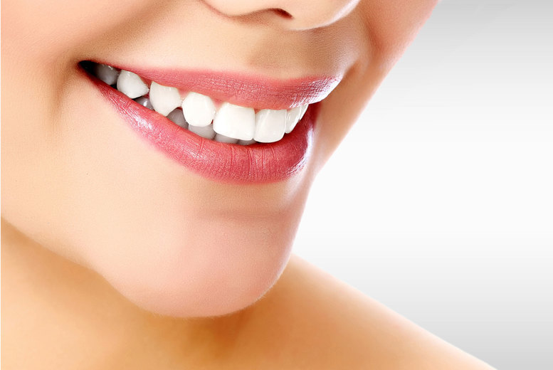£599 instead of £2500 for a set of clear braces on one arch, or £899 for two arches at Harley Dentist, London and Manchester - save up to 76%