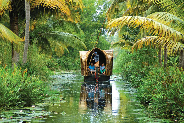 £449pp (with Globe Travel Centre) for an 8-day guided Kerala tour including an overnight cruise, breakfast, internal transfers and more