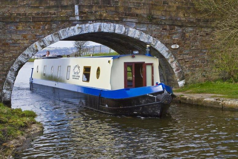 £29 instead of up to £58 for a canal boat cruise for two including a sparkling afternoon tea with Hapton Valley Boats, Lancashire - save up to up to 50%