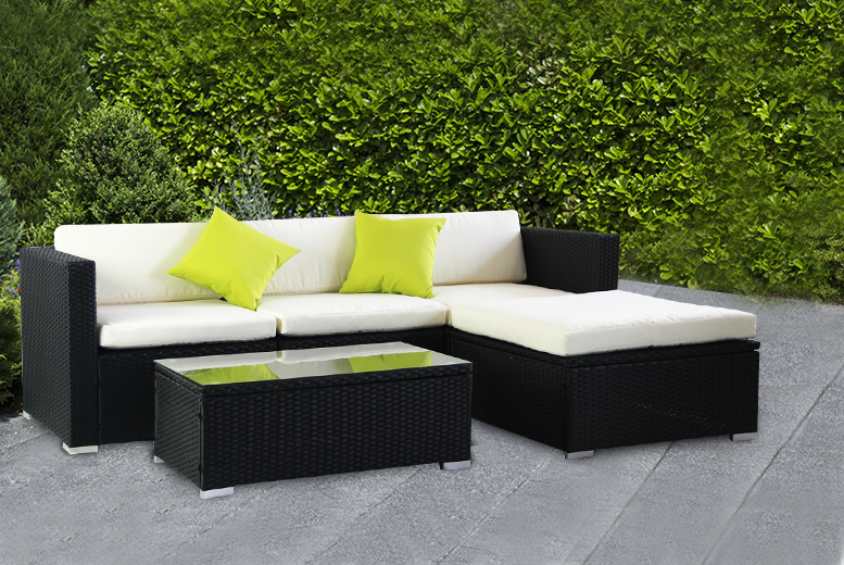 £365 instead of £899.99 for a five-piece California rattan set available in black or brown - update your outdoors and save 59%