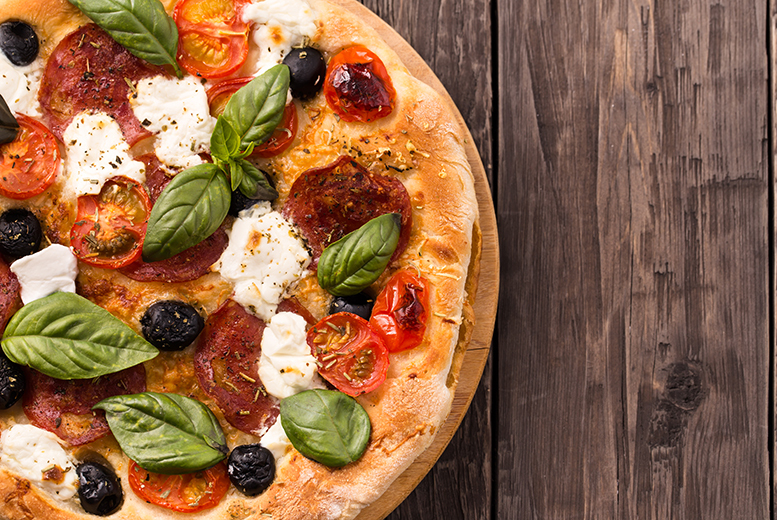 £9.99 instead of up to £31.85 for a pizza meal for two including a bottle of wine to share at Fat Cat Café Bar, Leicester - save up to 69%