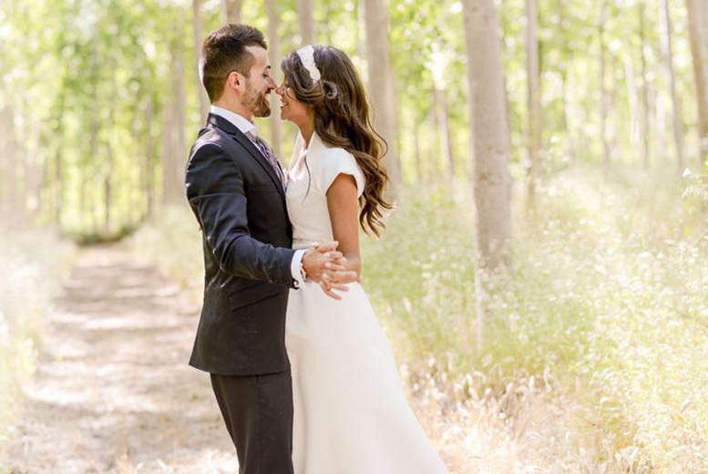 £279 for a full day wedding photography package including up to 300 images on CD and three prints from With This Ring Wedding Photography - save up to 69%
