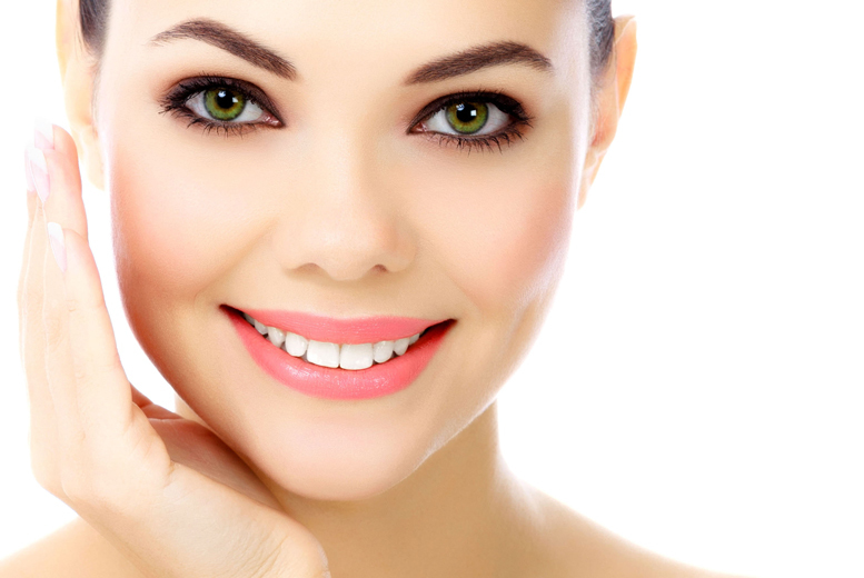 £299 for doctor-led PDO threadlift on under-eye bags, £499 for one area, or £995 for face, neck & mesotherapy at Harley Street Treatments, 2 locations - save up to 67%