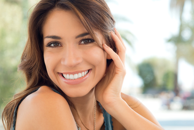 £69 instead of up to £199 for a 1-hour LED teeth whitening session, or £129 for two sessions at Harley Laser Specialists, Harley Street - save up to 65%
