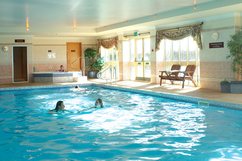 £89 (at the Wyndham Garden Hotel, Lincolnshire) for a 2-night stay for 2 including a 3-course dinner each, breakfast and use of leisure facilities - save up to 55%