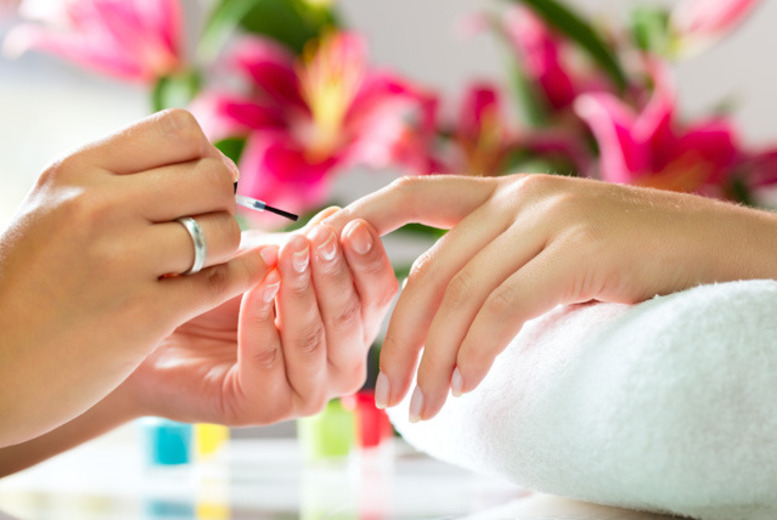 £29 instead of £99 for a manicure and gel polish masterclass at Cindy Mackenzie Beauty Academy in Glasgow, Motherwell or Perth - save 71%
