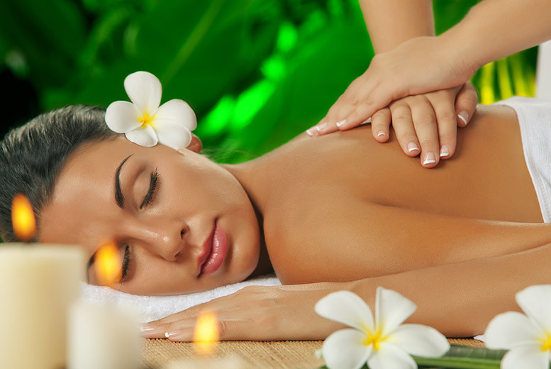 £18 for a 90-minute Neal's Yard pamper package including three treatments and a glass of Prosecco at Escapism @ Copper Hairdressing, Huddersfield - save up to 52%
