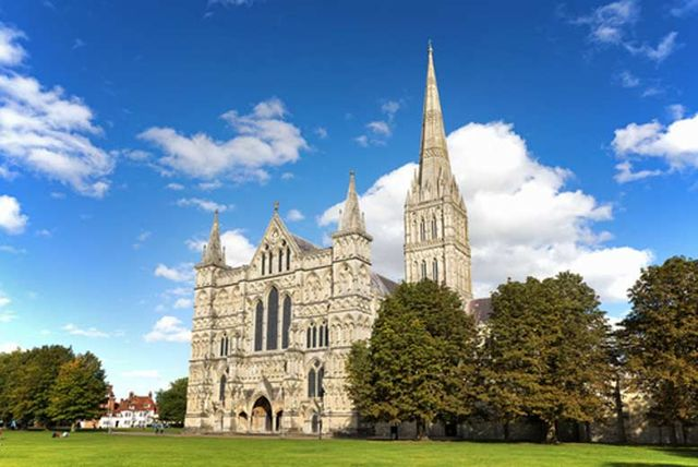 Zoopla salisbury cathedral close