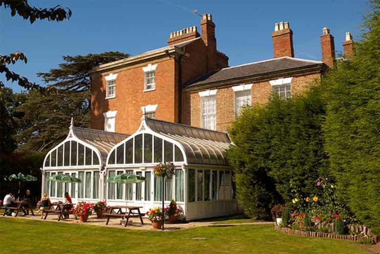 £99 (at The Glebe at Barford) for a one-night break for two people including a two-course dinner, Prosecco and breakfast, or £149 for two nights - save up to 52%