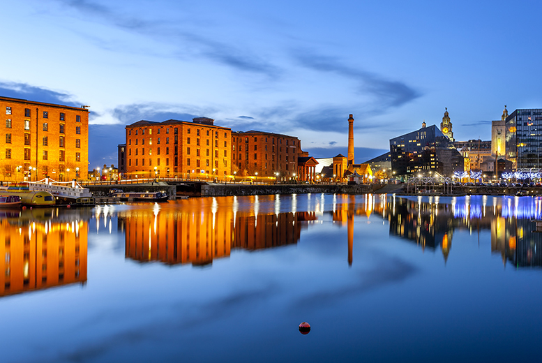 £9.99 instead of £20 for a sightseeing tour for two, £12.50 for a family of up to five, with Sightseeing Liverpool - save up to 50%