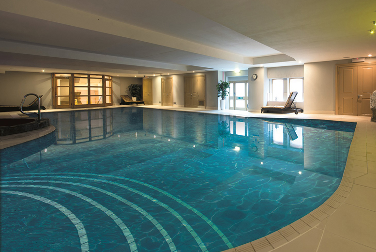 £34 for 2 hours of spa access and 2 treatments for 1 person, £59 for 2 people, £79 to include afternoon tea at Royale Retreat Spa & Hotel - save up to 73%
