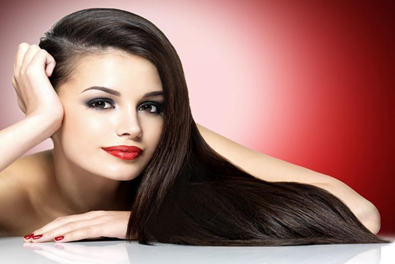 £12 instead £44.50 for a cut, conditioning treatment & blow dry with a senior stylist at SR Beautique, Glasgow - save 73%