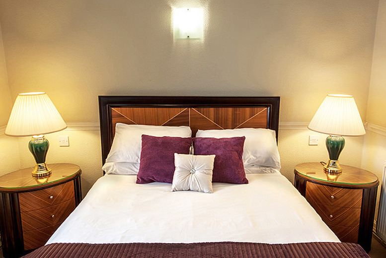 £49 (at Britannia Grand Metropole) for a 1-night stay for 2 with breakfast and wine, £59 to include dinner, from £99 for 2 nights - save up to 35%