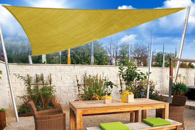 Triangular sun shade sail canopy shop wowcher for Colorado shade sail