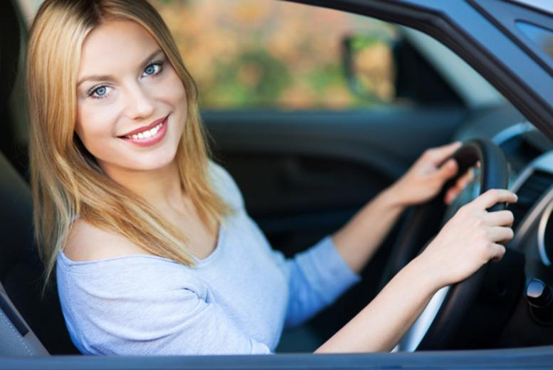 £9 instead of up to £92 for four hours of driving lessons at a choice of twelve locations with Blink Driving School - save up to 90%