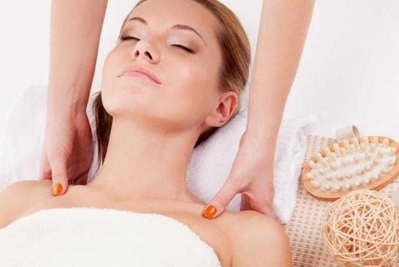 £29 instead of £141.95 for a pamper package including a facial, Swedish back massage, hand and arm massage and body wrap at The Beauty Lounge, Formby - save 80%