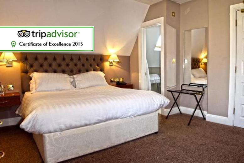 £59 (at The Cliff Hotel) for a 1-night stay for 2 in a deluxe room including breakfast, cream tea & a bottle of wine, £99 for 2 nights - save up to 53%