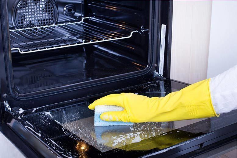 £29 instead of £79.99 for a professional single oven clean with Covertxt  save 64