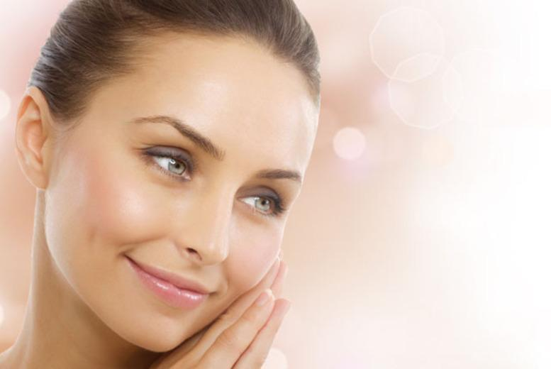 8-Point Non-Surgical 'Facelift'