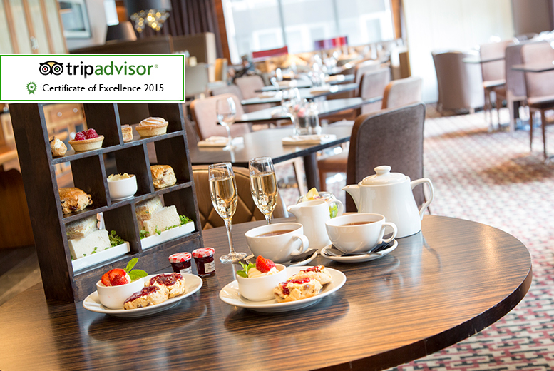 £24 instead of up to £50 for a sparkling afternoon tea for two people including a glass of Prosecco each at Thistle Kensington Gardens Hotel - save up to 52%
