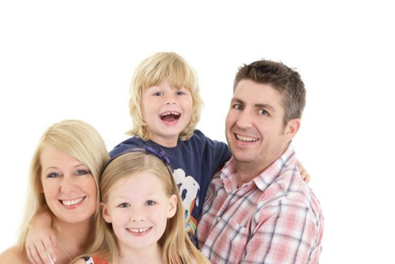 Family Photoshoot & 4 Prints or Canvas - 3 Locations!