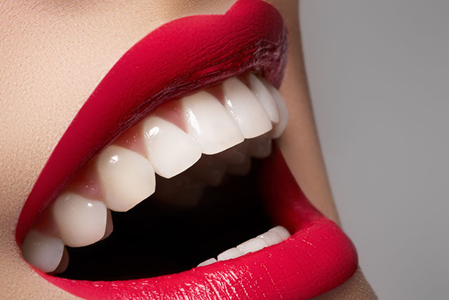 £55 instead of £100 for a 1-hour teeth whitening treatment including a consultation at Rite Smile, Manchester - save 45%