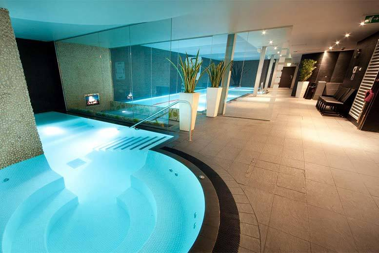 4* Spa Day and 2 Treatments for 2 @ DoubleTree by Hilton, Chester