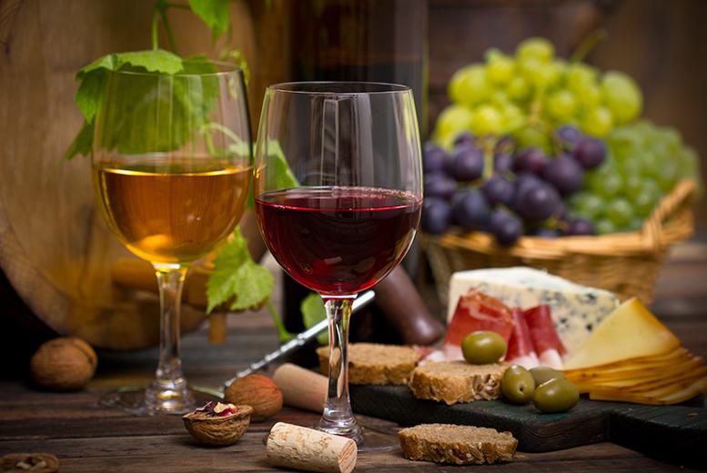 Vineyard Tour, Tasting and Lunch for 2 @ Sedlescombe Organic Vineyard