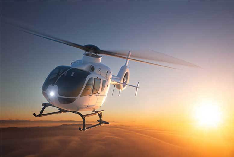 London: Blue Skies Helicopter Tour & Bubbly for 2 – 12 Locations! for £59