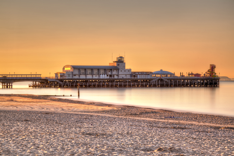 £79 (at Queens Hotel & Spa, Bournemouth) for an overnight stay for two including breakfast, dinner, ice skating tickets and leisure access - save 38%