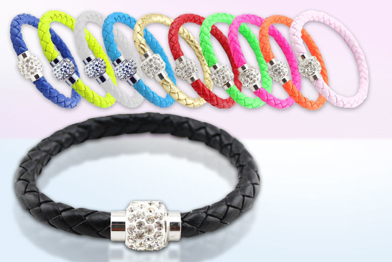 £2.99 instead of £99.98 (from Fakurma) for two faux leather magnetic bracelets with Swarovski Elements, £4.99 for four - choose from eleven colours and save up to 97%