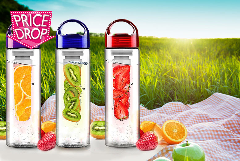 £3.98 instead of £19.99 (from SA Products) for a 700ml fruit-infusing water bottle - stay hydrated and healthy and save 80%