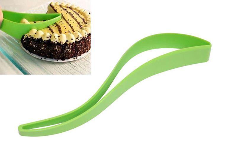 Slice & Serve Cake Cutter from £2.99