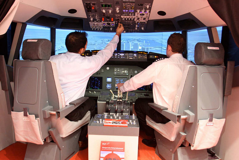 £29 instead of £63 for a 20-minute Boeing 737 flight simulation experience, £42 for 30 minutes, £75 for one hour and £105 for 90 mins at iPilot, London - save up to 45%