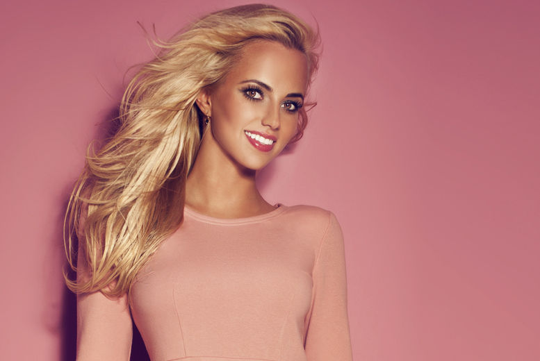 £39 for a Full Head of Highlights from Alan Lawrence - save up to 68%