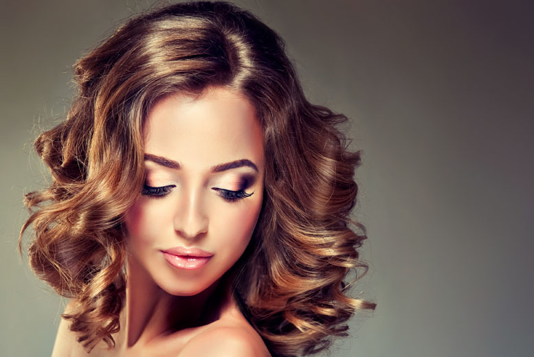 £21 instead of £52 for an ombré, cut and blow dry at ENVI Hair and Beauty Lounge, Stoke-on-Trent - save 60%
