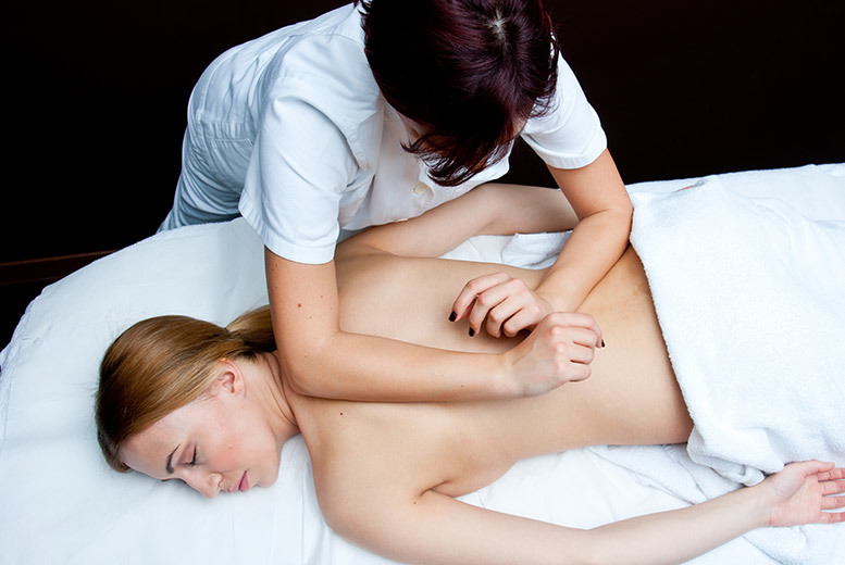 £19 instead of £60 for a one-hour back massage with consultation at a choice of five locations from Back to Health Chiropractic and Wellness Clinic - save 68%