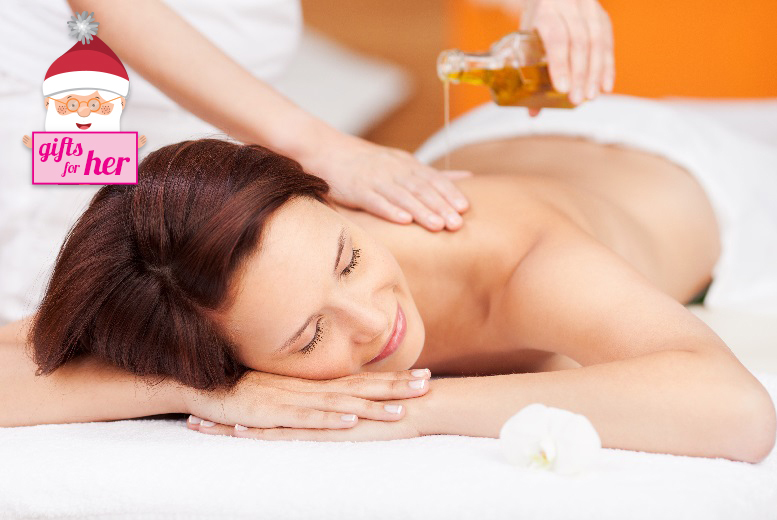£24 instead of up to £70 for a 90-minute pamper package including a skin analysis, massage and choice of facial at Beauty Clinic, Edgware - save a relaxing 66%