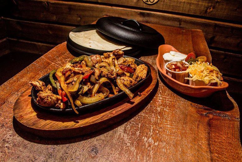 £13 instead of up to £27 for dinner and a cocktail for two people, £25 for four people at Driftwood Bar, Glasgow - save up to 52%