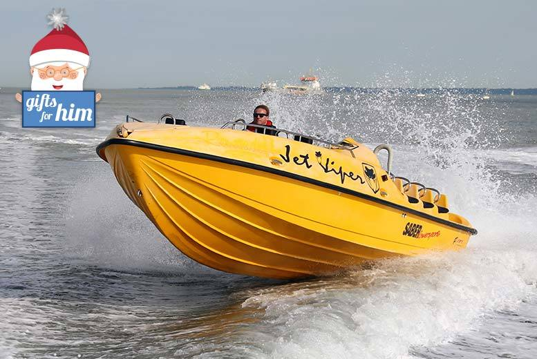 £39 for a 90-minute Jet Viper powerboat blast experience for two from Buyagift