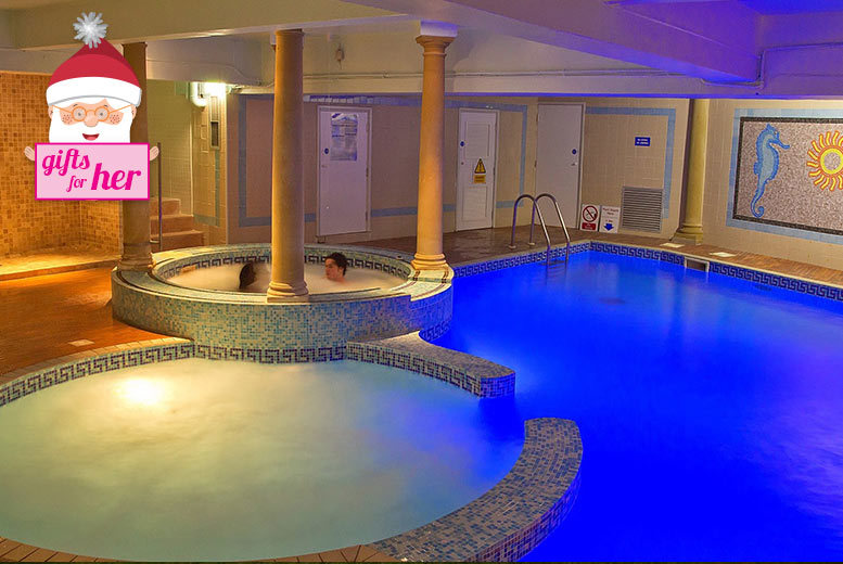 £39 instead of £146 for two health club passes to the Hallmark Health Club & Spa, Manchester including one treatment each, robes and afternoon tea - save 73%